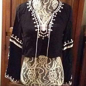 HONEY PUNCH Black Bell Sleeve Crochet Tie Crop Top